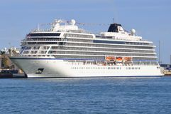 Viking Sky-cruiseschip stock foto
