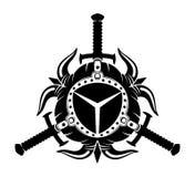 Viking-Sturzhelme mit Hörnern und Klingen Stockbild
