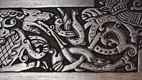 Viking träskulptur av en varg Arkivbilder