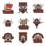 Viking ustawiający wektorowi emblematy, etykietki, odznaki i logowie na białym tle, royalty ilustracja