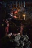 Viking w smithy zdjęcia royalty free