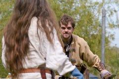 Viking wojowników kordzika boju pokaz Zdjęcia Stock