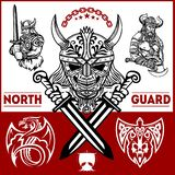 Vikingkrigare med stora yxor royaltyfria foton