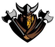 Vikingo/bárbaro con insignia de la mascota de las hachas Foto de archivo libre de regalías