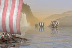 Vikingo Longships en un fiordo noruego Imagenes de archivo