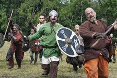 Vikingos que atacan en Moesgaard Fotos de archivo libres de regalías