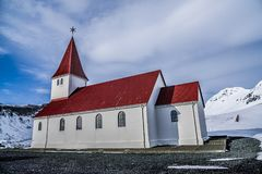 Vikkerk, Vik, IJsland Royalty-vrije Stock Afbeelding