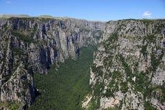 Vikos峡谷风景Zagoria希腊 免版税库存照片