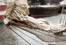 Vikt seglar och ropes Fotografering för Bildbyråer