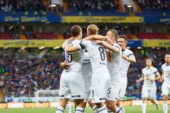 Viktor Claesson de FC Krasnodar comemora após ter marcado o objetivo da sua equipe foto de stock