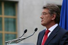 Viktor Yushchenko på en presskonferens Royaltyfria Bilder
