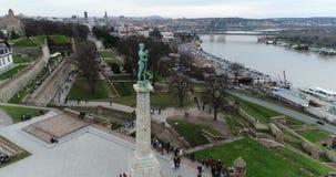 Viktor zabytek przy Belgrade fortecą w Belgrade zdjęcie wideo