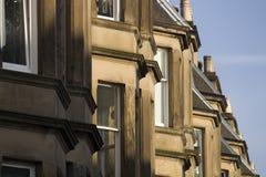 Viktorianische Kolonienhäuser machten vom Sandstein in Edinburgh, Schottland lizenzfreie stockfotos
