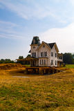 Viktorianisches Haus verschoben auf neuen Standort lizenzfreies stockfoto