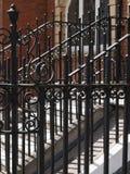 Viktoriansk gjutjärnräcke/staket arkivbild