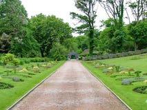 Viktoriansk Walled trädgård på den Kylemore abbotskloster Arkivbild