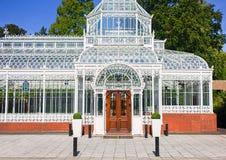 Viktorianskt drivhusväxthus Arkivfoto