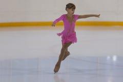 Viktoriya Rodionova de Russie exécute le programme de patinage gratuit de filles argentées de la classe III Images stock