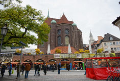 Viktualienmarkt på den Munich staden med all dess liten diversehandel och sta Royaltyfri Foto