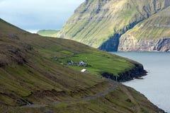 Vila abandonada telecontrole de Ilhas Faroé Fotos de Stock Royalty Free