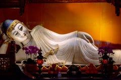 Vila Buddha i den Jade Buddha templet porslin shanghai arkivfoton