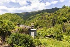 Vila com casas do século XIX, região de Kosovo de Plovdiv, Bulgária fotos de stock