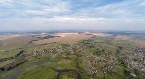Vila com uma vista aérea imagens de stock