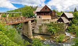 Vila da garganta do rio de Rastoke imagens de stock royalty free