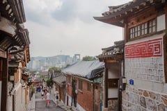 Vila de Bukchon Hanok em Seoul, Coreia do Sul fotografia de stock royalty free