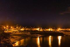Vila de Craster na noite foto de stock