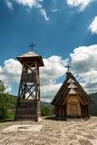 Vila de Ethno perto de Mokra Gora e de Zlatibor fotografia de stock