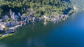 Vila de Hallstatt nos cumes, Áustria, vista aérea de Imagem de Stock Royalty Free