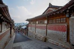 Vila de Hanok em Seoul, Coreia do Sul imagem de stock