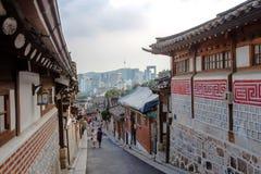 Vila de Hanok em Seoul, Coreia do Sul foto de stock royalty free