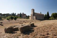 Vila de Lourmarin em Provence, France Imagens de Stock