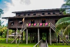 Vila de madeira tradicional da cultura de Nelanau Yall Kuching Sarawak das casas malaysia fotografia de stock royalty free