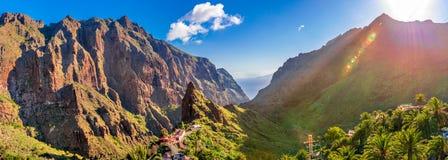 Vila de Masca, a atração turística a mais visitada de Tenerife, Espanha fotografia de stock royalty free