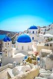 Vila de Oia na ilha de Santorini, Grécia foto de stock royalty free