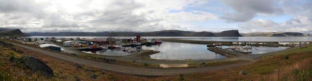 Vila de Patreksfjordur em Westfjords, Islândia Imagem de Stock Royalty Free