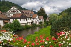 A vila de Schiltach em Alemanha Imagem de Stock
