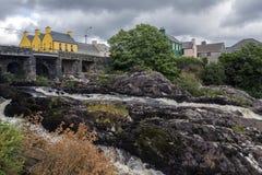A vila de Sneem - Kerry do condado - Irlanda Imagem de Stock