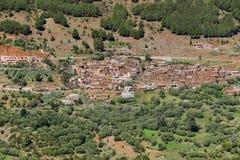 Vila do Berber em montanhas de atlas de Marrocos Fotos de Stock