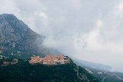 Vila do russo em Montenegro Pagamento para os ricos no mo Imagem de Stock