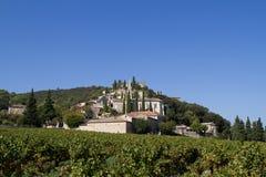 Vila em Provence, France: La Roque-sur-Ceze Imagem de Stock Royalty Free