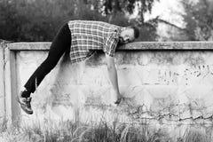 Vila för man som är utomhus- Arkivfoton