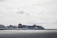Vila francesa de Le Crotoy imagem de stock