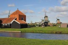 Vila holandesa do moinho de vento Fotos de Stock