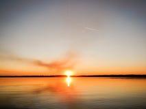 Vila i Ukraina, sjön, frikändvatten Fotografering för Bildbyråer