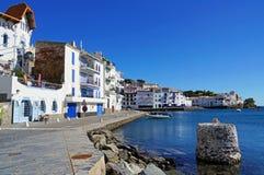 Vila mediterrânea litoral na Espanha fotografia de stock royalty free