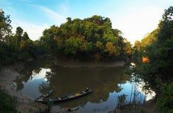 Vila nas Amazonas imagens de stock